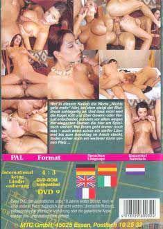 Busty nude mom porn